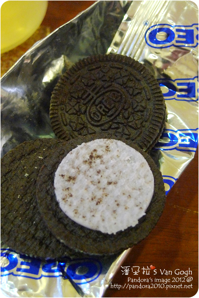 2012.09.04-(Oreo奧利奧)夾心餅乾-冰淇淋藍莓口味