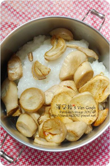 2012.09.17-清粥+醬油、乾煸杏鮑菇