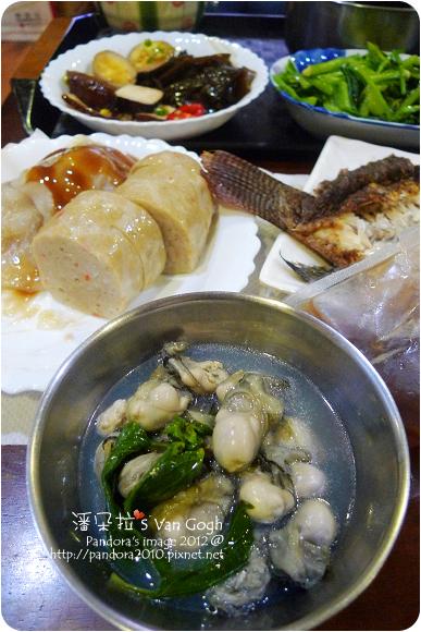 2012.09.19- 鮮蚵湯、肉圓、魚卷、海帶