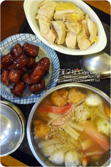 2012.10.08-白斬雞、香腸、日式火鍋