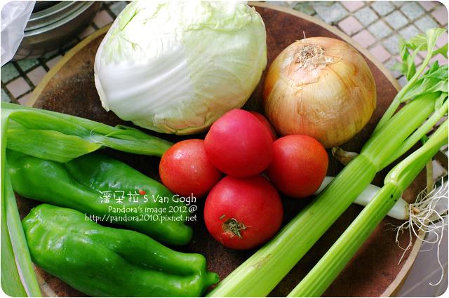 2012.10.25-瘦身蔬菜湯。材料