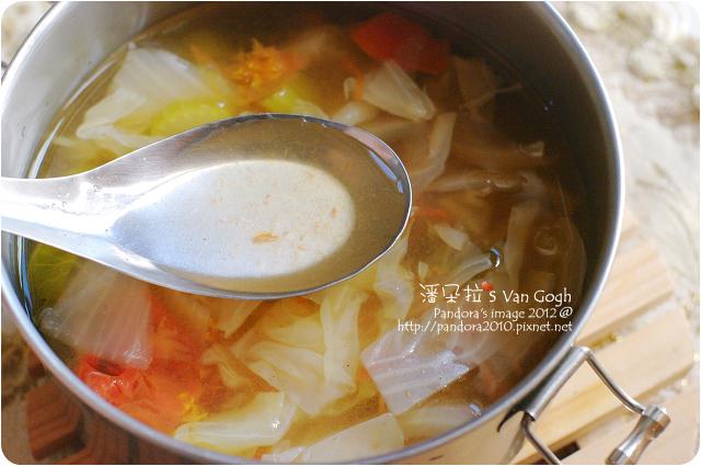 2012.10.25-瘦身蔬菜湯-湯頭
