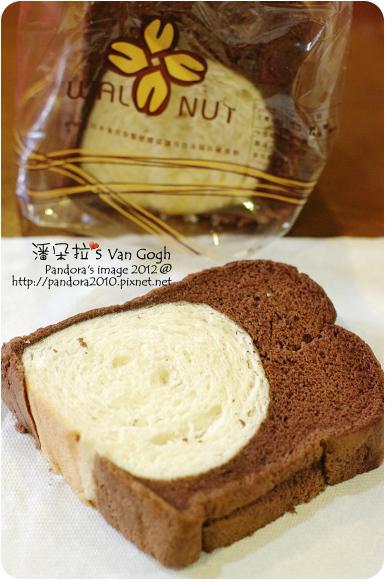2012.12.05-(胡桃園)巧克力蛋糕吐司