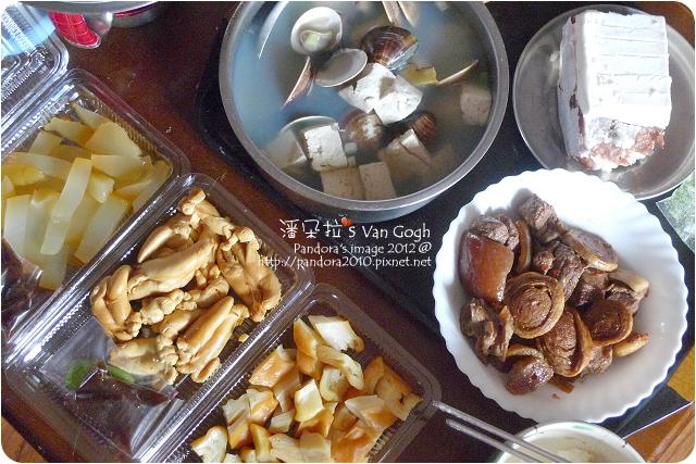 2012.12.26-蛤蠣豆腐湯、客家封肉、曼波魚皮、鯊魚煙