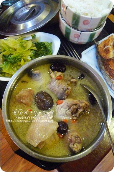 2013.01.24-香菇雞湯、炒萵苣