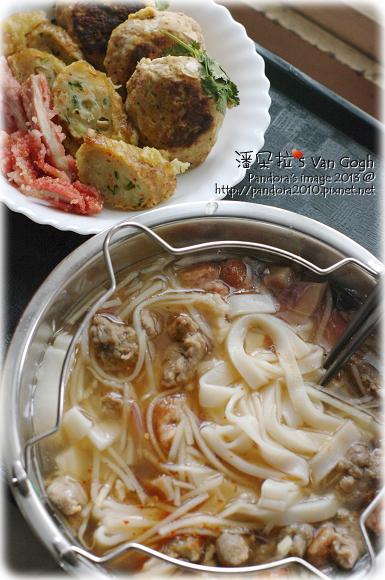2013.02.06-低脂漢堡排、菜肉捲、叉燒、魷魚羹粄條