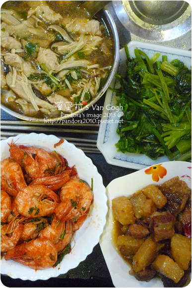 2013.03.07-沙茶菇菇肉羹湯、客家封肉、炒菠菜、沙茶蝦