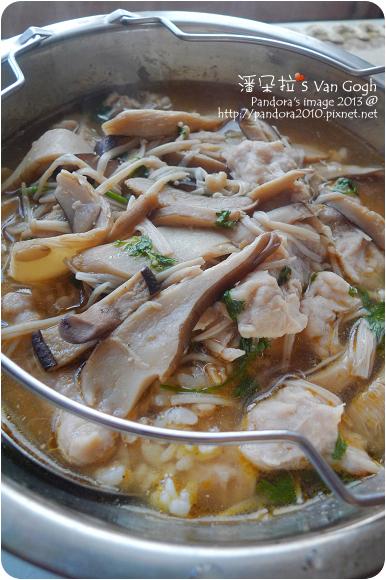 2013.03.08-沙茶菇菇肉羹湯+十錦珍穀飯