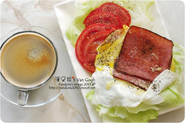 2013.03.18-(Caffe Tiziano)Corposo咖啡、火腿蛋沙拉