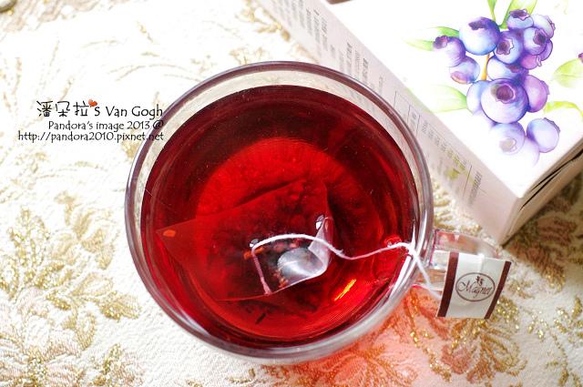 2013.08.10-(曼寧)藍莓果茶.jpg