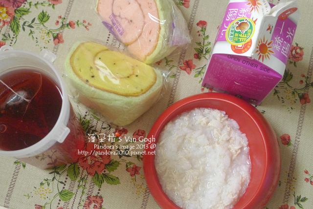 2013.11.27-蛋糕、(曼寧)藍莓果茶、(統一)薏仁豆漿.jpg