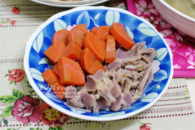 2013.12.16-醬漬胡蘿蔔、鹽水雞胗.jpg