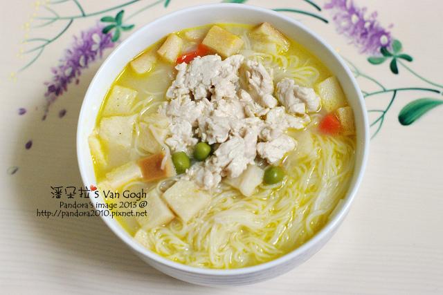 2013.12.25-雞肉麵線+奶油濃湯.jpg