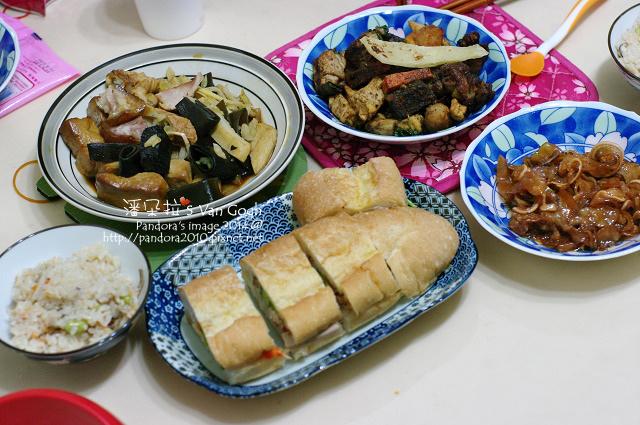 2014.01.05-滷味、甜不辣、豬耳朵、三明治、菇菇炊飯.jpg