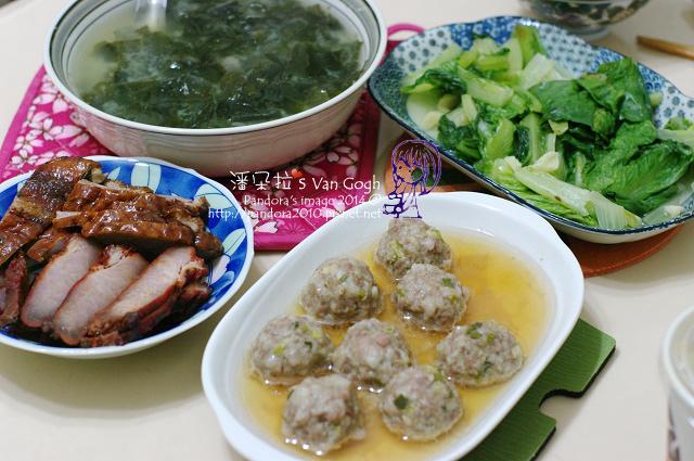 2014.02.21-海帶芽味噌湯、蔥燒肉丸、叉燒、燒鵝、炒美生菜.jpg