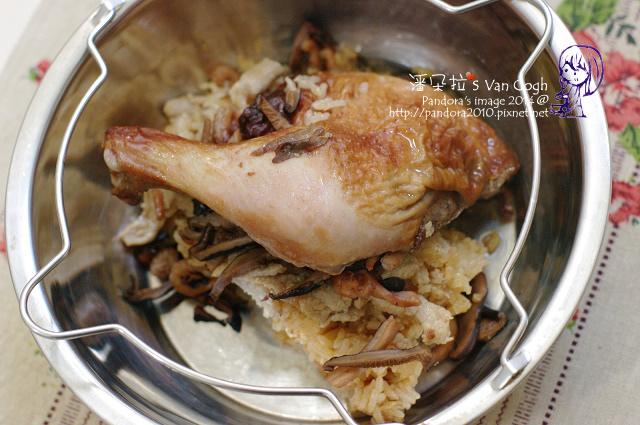 2014.02.25-(呷七碗)油飯、雞腿.jpg