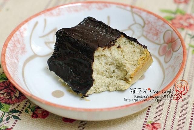 2014.03.25-脆皮巧克力香蕉蛋糕.jpg