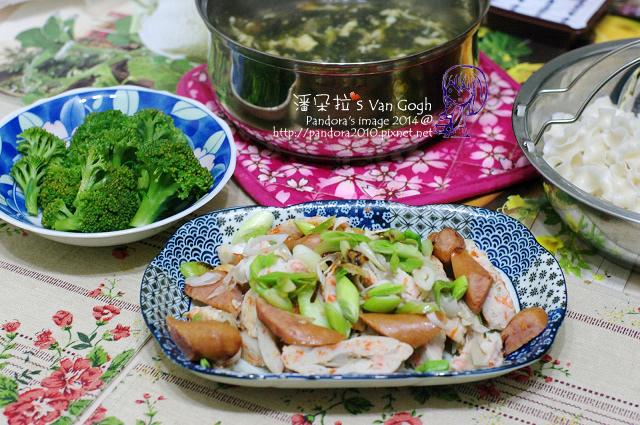 2014.03.25-紫菜蛋花湯、炒牛蒡魚板、水煮綠花椰菜、刀削麵.jpg