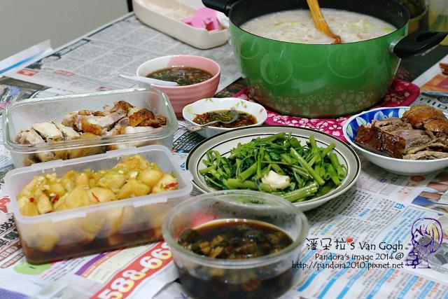 2014.04.12-高麗菜稀飯、燒鵝、油雞、叉燒、炒空心菜、醃結頭菜、醬瓜.jpg