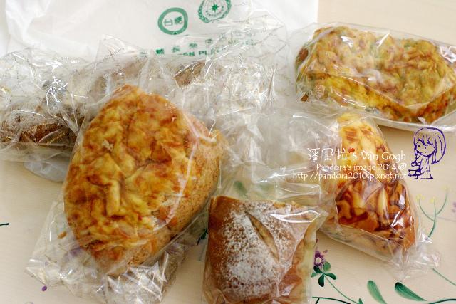 2014.04.28-(桂冠烘焙坊)麵包.jpg