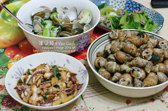 2014.05.27-蛤蠣絲瓜、椒鹽鳳螺、三杯透抽、肉絲炒A菜.jpg