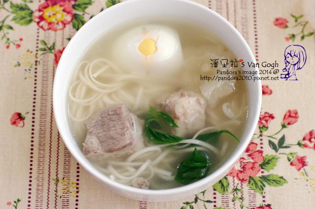 2014.06.16-苦瓜排骨湯麵.jpg