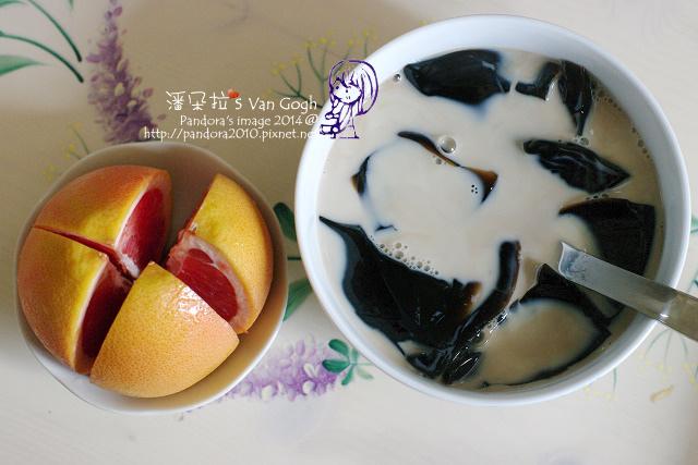 2014.07.02-葡萄柚、仙草凍+無糖高纖豆漿.jpg