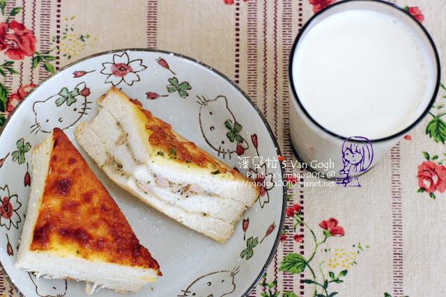 2014.08.06-焗烤三明治、豆漿.jpg