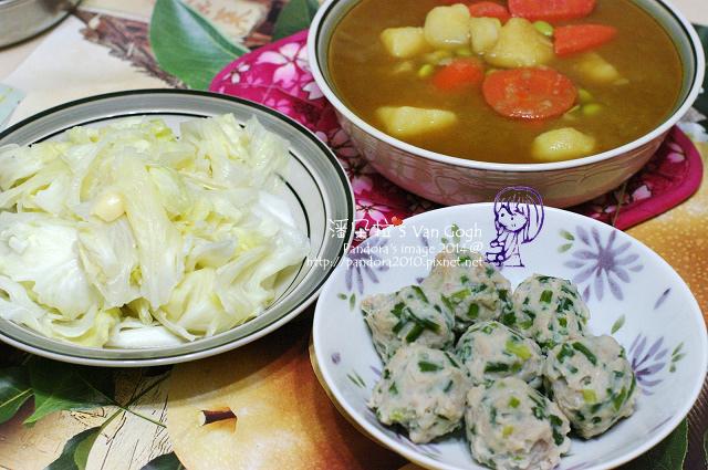 2014.08.07-甜味咖哩、炒高麗菜、韭菜貢丸-.jpg