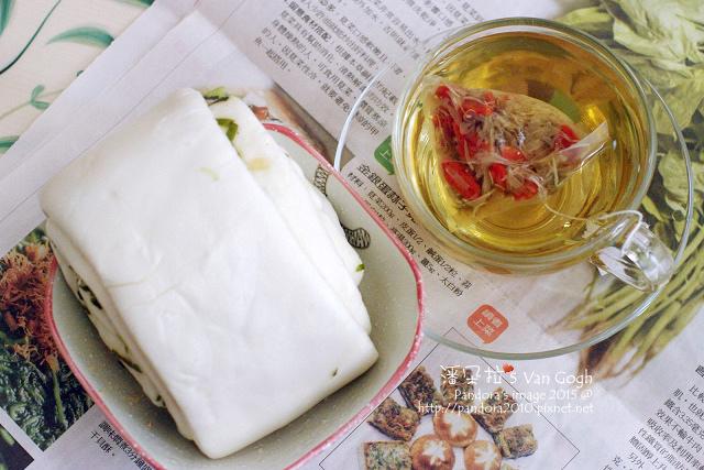 2015.04.20-(謙善草本)有機枸杞菊花茶、蔥捲饅頭