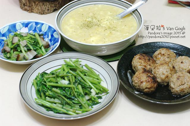 2015.07.30-奶油蛋花玉米濃湯、炒空心菜、紅燒獅子頭.jpg