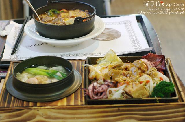 2015.09.13-(微笑轉角))鐵板魷魚+小火鍋.jpg