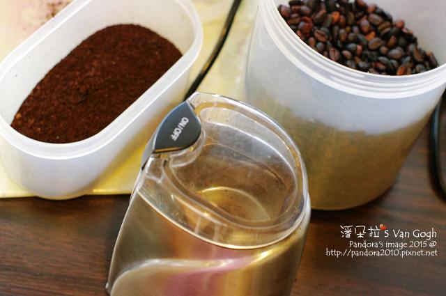 2015.09.26-磨咖啡豆.jpg