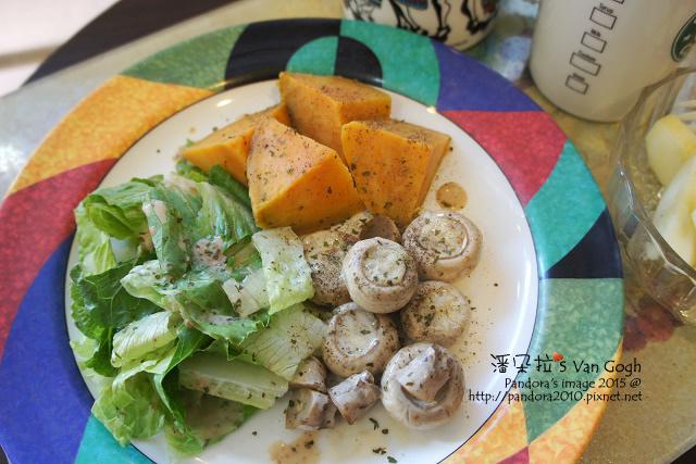 2015.09.30-地瓜、起司蘑菇、蘿蔓萵苣+芝麻沙拉醬.jpg