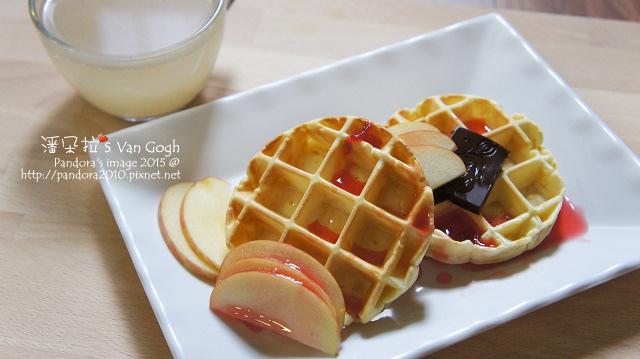 2015.10.12-原味鬆餅。蘋果、黑巧克力、洛神玫瑰釀、黑豆水.jpg