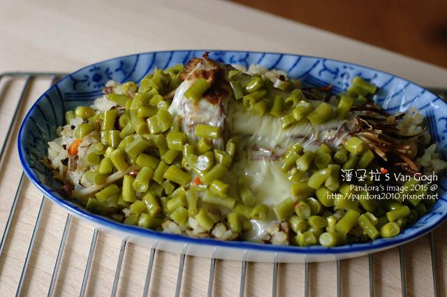 2015.11.04-起司焗烤什錦菇燕麥炊飯+酸豆角.jpg