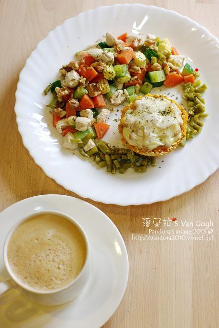 2015.11.11-乳酪蘋果燕麥地瓜塔、蔬菜核桃雞丁、熱美式咖啡-4.jpg