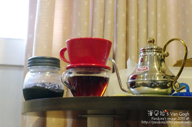 2015.12.30-熱美式咖啡。(星巴克)派克市場咖啡粉.jpg
