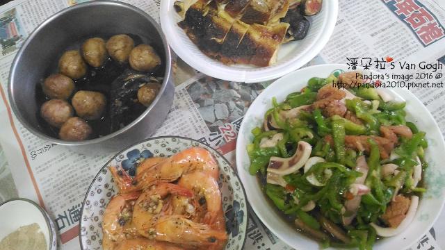 2016.10.02-烤雞、炒三鮮(透抽+魷魚+青椒)、炒蝦、貢丸.jpg