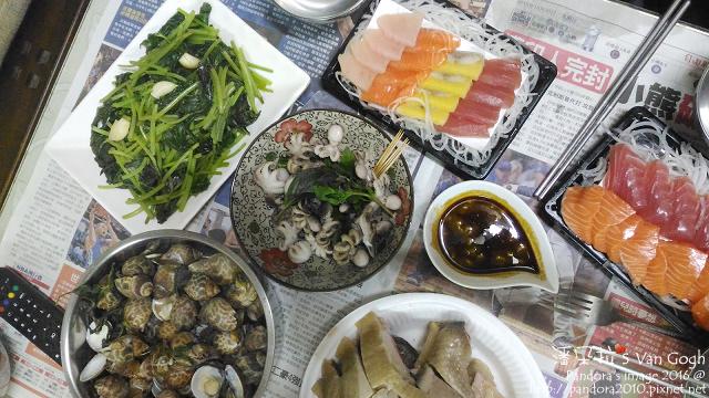 2016.12.03-白斬雞、酒蒸蛤蠣鳳螺、塔香小章魚、炒地瓜葉、生魚片.jpg