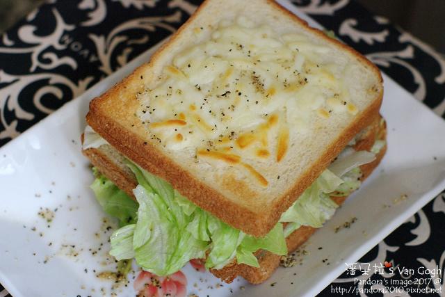 2017.11.28-烤乳酪萵苣三明治-2.jpg