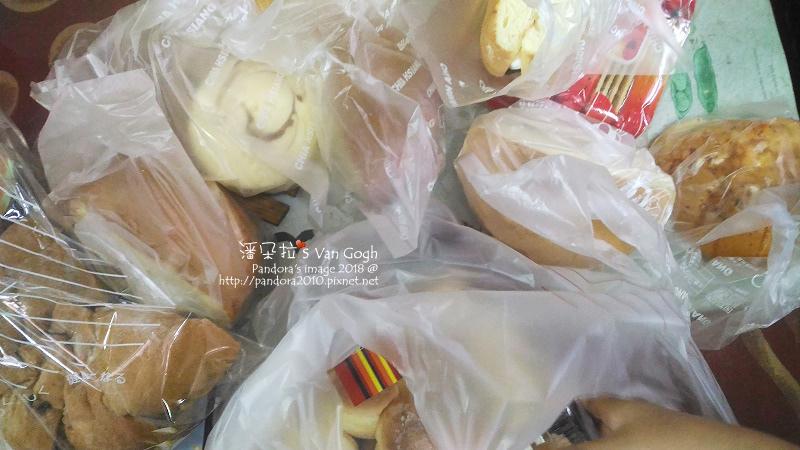 2018.04.21-(佳湘)麵包.jpg