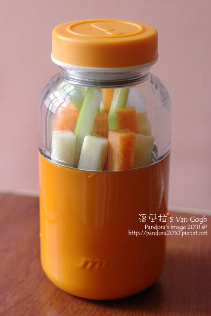 2018.07.16-(mosh!膠囊保冷瓶)蔬果盒3.jpg
