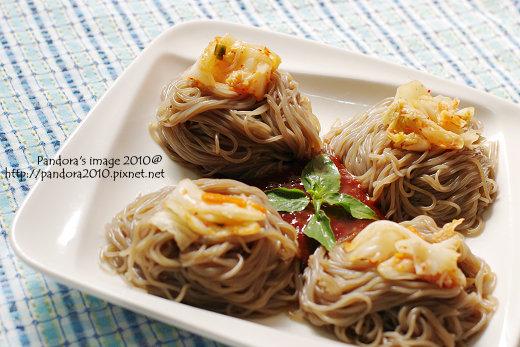 韓式辣拌蕎麥麵