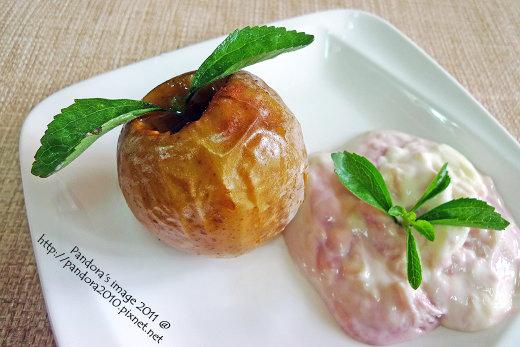 黑櫻桃優格烤蘋果