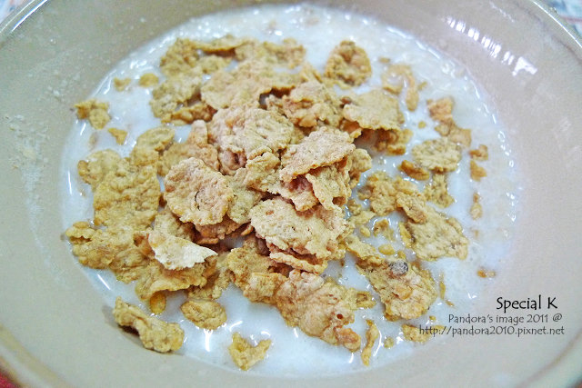 Special K + 無糖豆漿