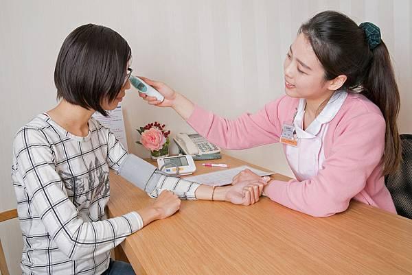 臺灣臺中隆乳手術-術前抽血測量 Motiva魔滴隆乳1