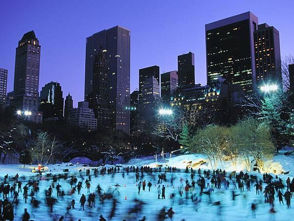 中央公園湖上溜冰