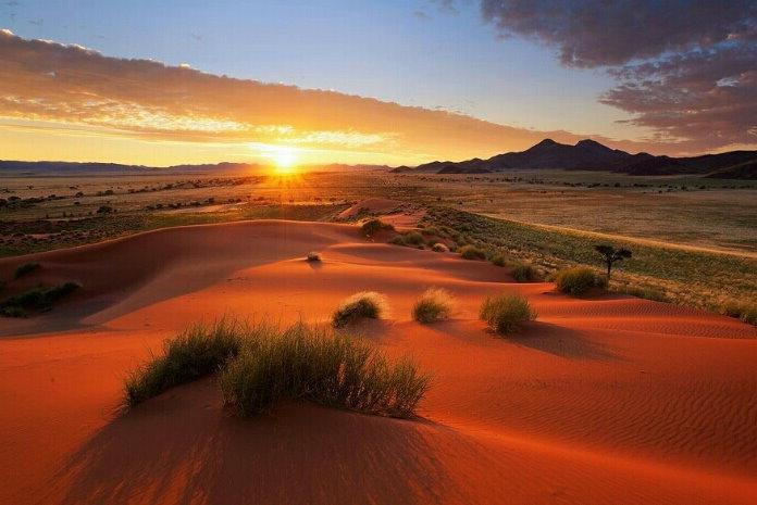 日出037_20131206_jeanny joy_Namibia