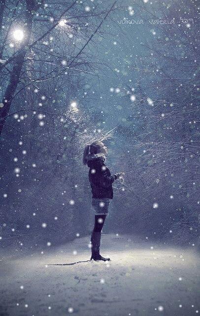 13 - 1-SNOWGLOBE